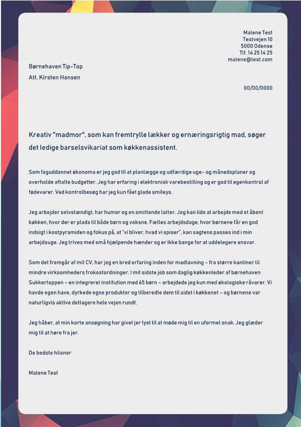 2-Madmor_der_inddrager_boernene_i_madlavning_-_Barselsvikariat
